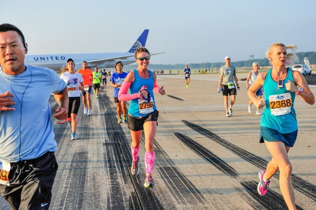 Smiling during the Dulles 10K race