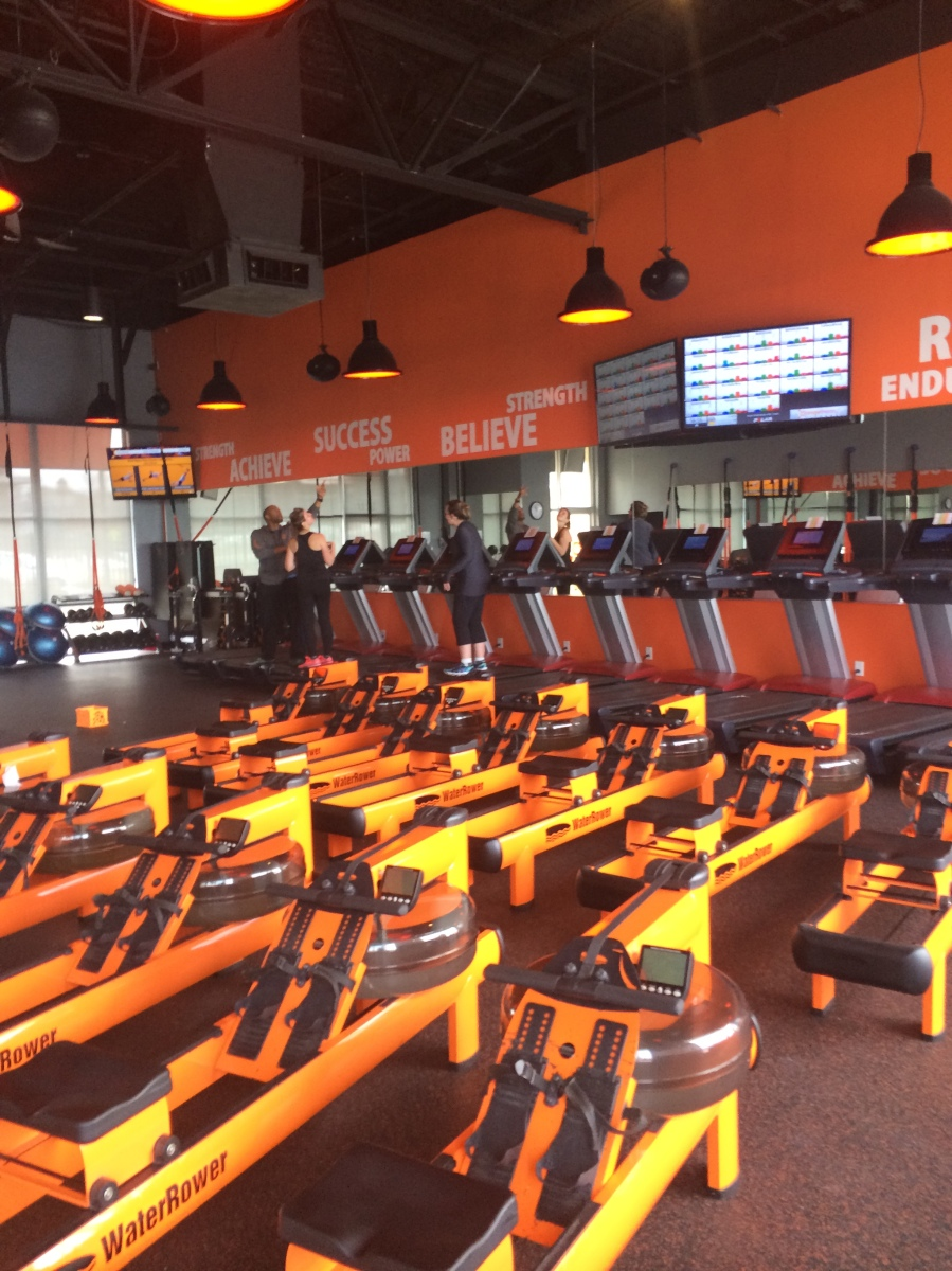 Orangetheory Fitness Review | married and marathoning